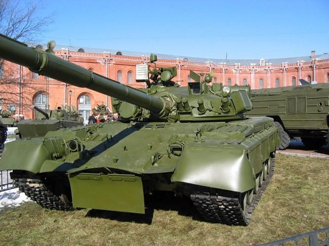 Tuong tan xe tang T-80B Nga muon ban cho Viet Nam-Hinh-4