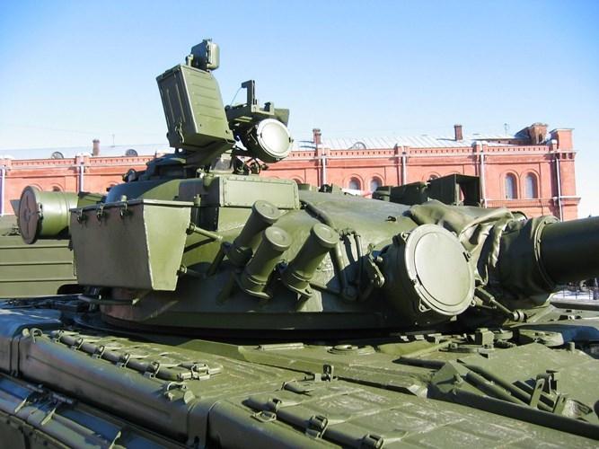 Tuong tan xe tang T-80B Nga muon ban cho Viet Nam-Hinh-8