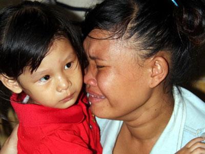 Hai gia đình ở Bình Phước đổi con sau 3 năm nuôi nhầm
