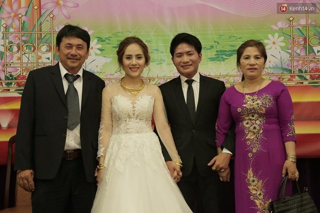 Cô dâu chú rể chi 3 tỷ cho đám cưới, rước dâu bằng máy bay và dàn xe ô tô 25 chiếc - Ảnh 6.