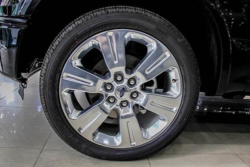 chi-tiet-ford-f-150-limited-2016-o-sai-gon-4