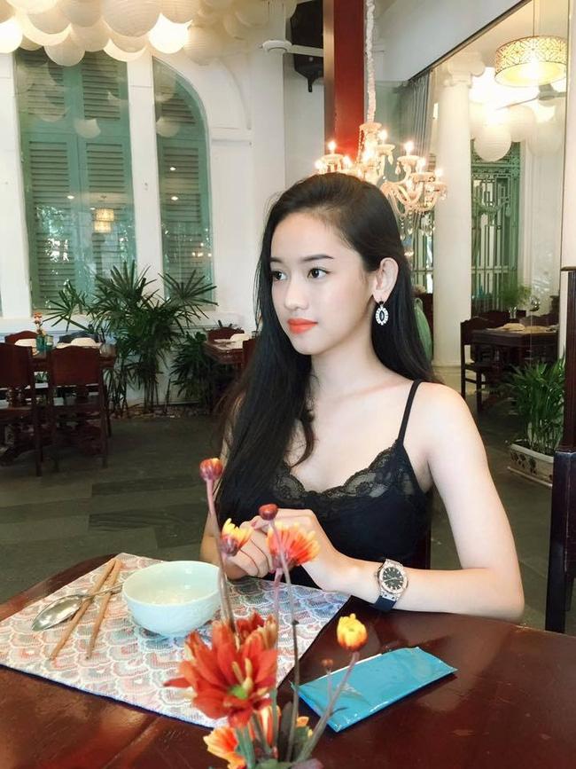 Linh Miu và Thúy Vi: Ai mới là cô gái lắm chiêu và tai tiếng bậc nhất? - Ảnh 5.