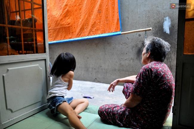 Mẹ bỏ đi, 11 anh em chen chúc sống trong căn nhà chật hẹp ở Sài Gòn - Ảnh 10.