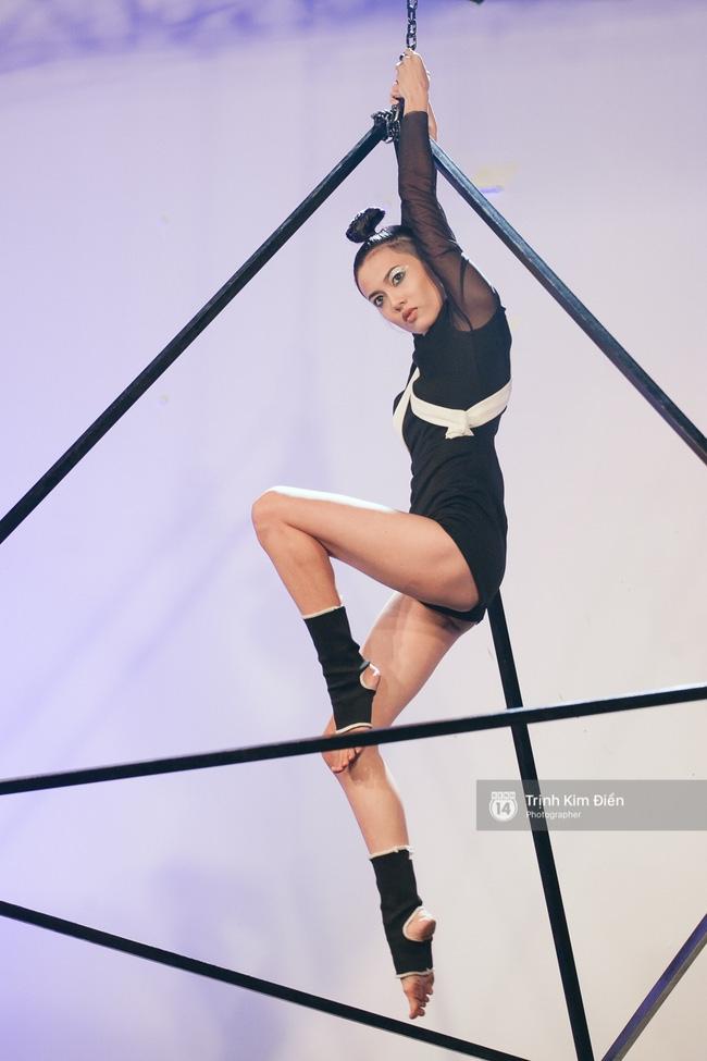 Next Top Model: Fung La trừng mắt khi bị tố xấu tính, giả tạo - Ảnh 12.
