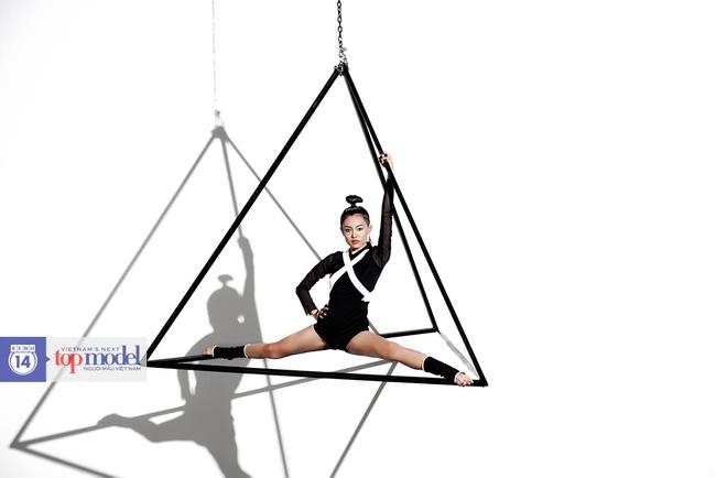 Next Top Model: Fung La trừng mắt khi bị tố xấu tính, giả tạo - Ảnh 18.
