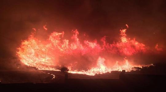 Thổ Nhĩ Kỳ: Cháy lớn đe dọa căn cứ NATO