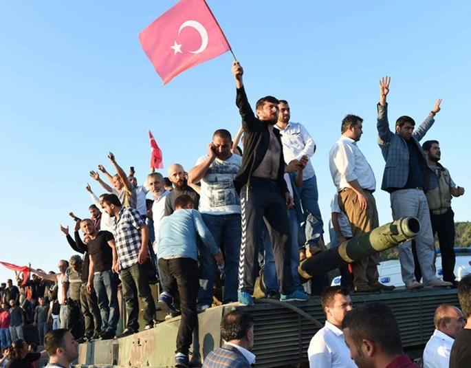 Đặc nhiệm Anh sẵn sàng sơ tán công dân khỏi Thổ Nhĩ Kỳ - ảnh 2