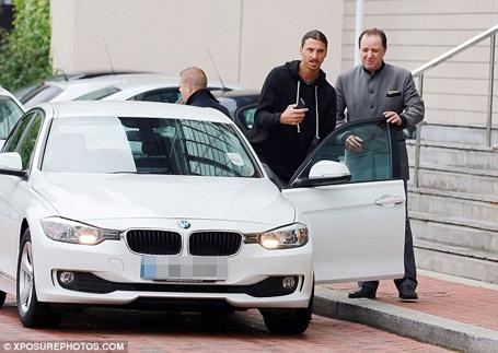 Ibrahimovic trở về tập trung ở MU