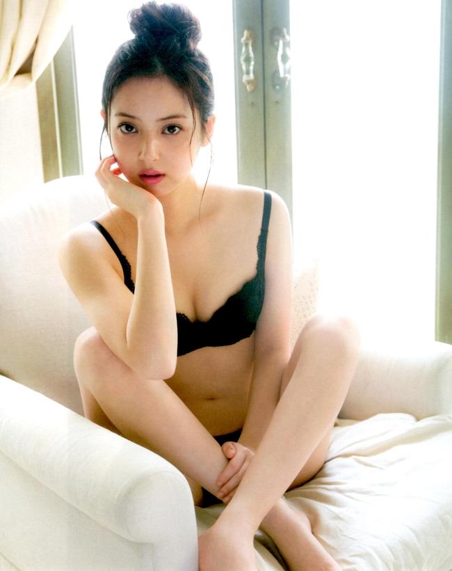 """Sasaki từng góp mặt trong nhiều bộ phim nổi tiếng như """"Thiên sứ tình yêu"""", """"Lời nguyền bóng ma""""…."""