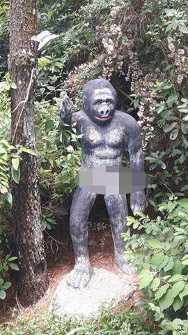 Hòn Dấu, Đồ Sơn, tượng khỉ
