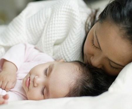 8 thói quen phải nhớ trước khi ngủ giúp vợ chồng bạn thăng hoa mỗi đêm