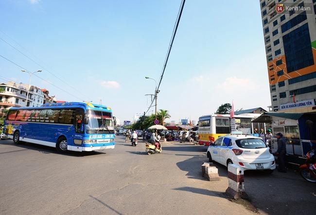 Chuyến xe cuối cùng rời bến xe Lương Yên trước khi dừng hoạt động - Ảnh 9.