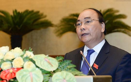 Thủ tướng Chính phủ Nguyễn Xuân Phúc trình tờ trình cơ cấu số lượng thành viên chính phủ nhiệm kỳ QH khóa XIV sáng 27-7