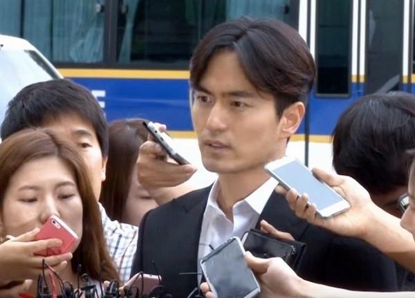 Nan nhan to Lee Jin Wook cuong hiep thua nhan noi doi hinh anh 1