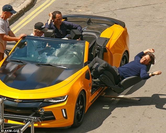 Nhung canh va cham sieu xe tren phim truong 'Transformers 5' hinh anh 3