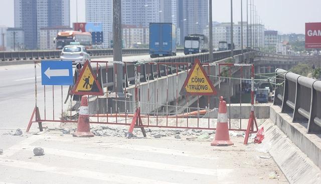 Đoạn đường xảy ra tai nạn nghiêm trọng (Ảnh Tiến Nguyên)