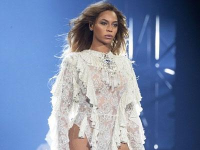 Tour diễn của Beyoncé đạt doanh thu kỷ lục