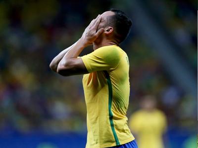 Hòa Iraq, Olympic Brazil đối mặt nguy cơ bị loại