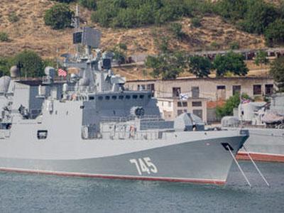 Ấn Độ vớ bở khi mua 3 chiến hạm