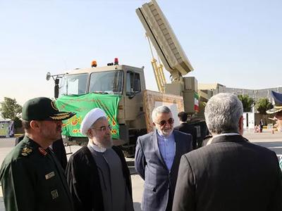 Iran khoe hệ thống phòng thủ tên lửa tự chế sánh ngang S-300 của Nga