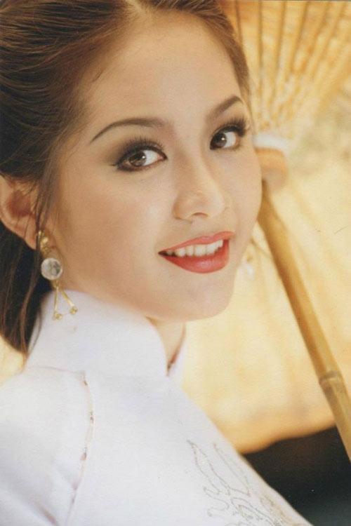 Không còn nghi ngờ gì nữa, Đại học Ngoại thương chính là lò luyện Hoa hậu của Việt Nam! - Ảnh 2.