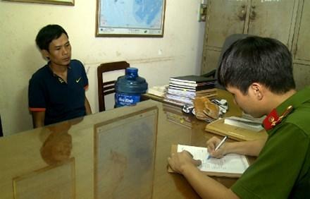 Phạm Văn Tuân tại cơ quan điều tra. Ảnh: Báo Thái Nguyên