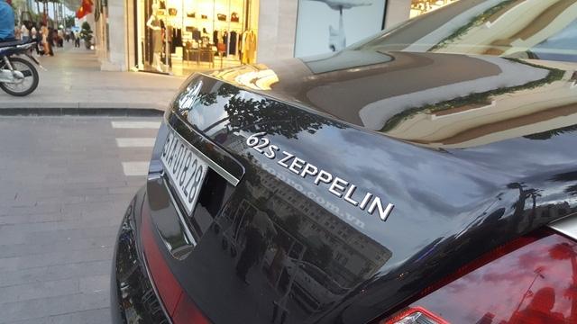 Cái tên Zeppelin xuất hiện trên logo trước đầu xe và đuôi xe như một dấu hiệu nhận biết đây là phiên bản đặc biệt. Bên trong xe có tấm biển One of 100 như ngầm hiểu chỉ có đúng một 100 chiếc được sản xuất trên toàn thế giới. Đặc biệt, không có chiếc nào được đánh dấu số thứ tự 001 hay 100 như các hãng xe khác vẫn hay áp dụng.