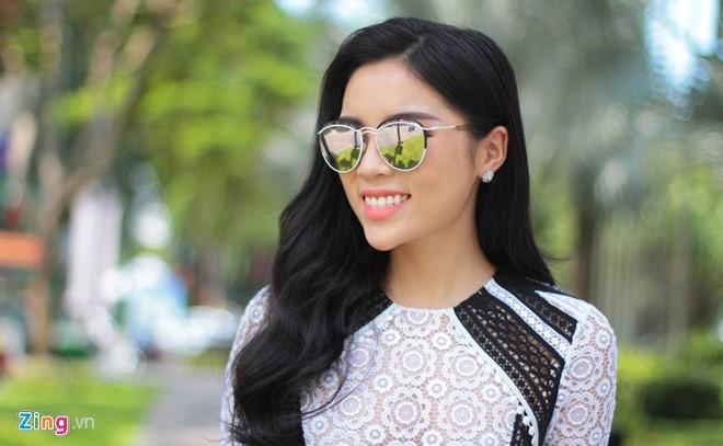 Hoa hau Ky Duyen: 'Toi da bo hut thuoc la' hinh anh 1