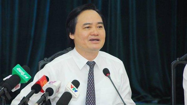 năm học 2016 - 2017, Bộ trưởng Phùng Xuân Nhạ