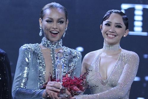 Mai Ngô trở thành Á quân và giành được hợp đồng quảng cáo cho đại sứ chính của chương trình cùng Lilly Nguyễn.