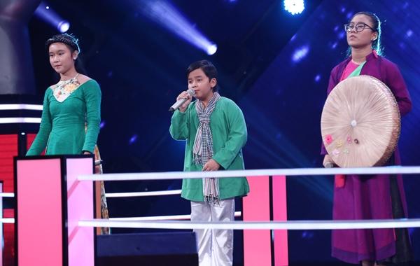 noo-phuoc-thinh-dong-nhi-khoc-khi-loai-hoc-tro-10