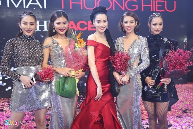 Phi Phuong Anh: 'Toi xung dang la quan quan hon Mai Ngo' hinh anh 2