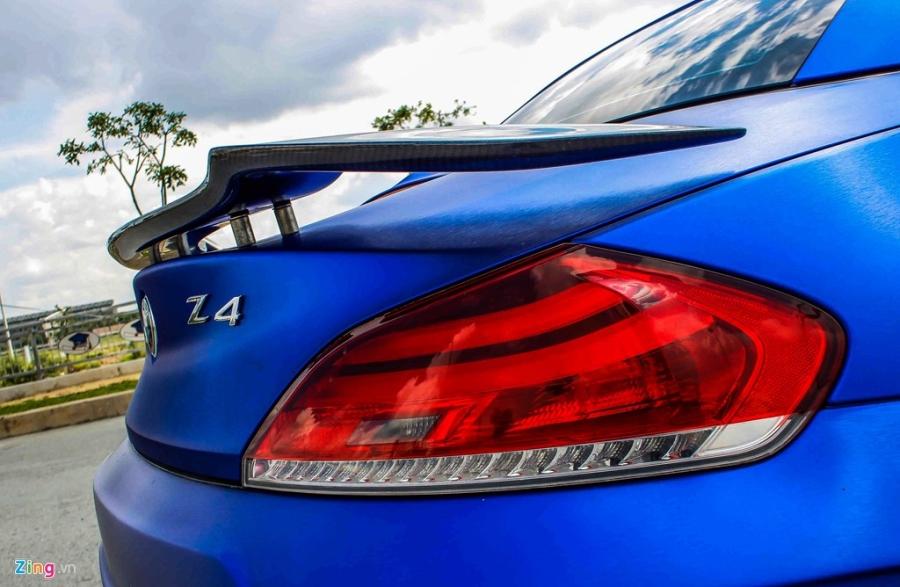 BMW Z4 do goi do choi cua Nhat het 150 trieu dong hinh anh 5