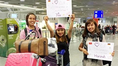 Cô gái người Dao bị bắt nghỉ học cưới chồng giành học bổng 1,2 tỷ - ảnh 7