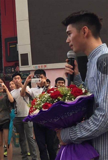 Chàng trai bị từ chối dù cầu hôn bằng 999 quả bưởi - ảnh 9