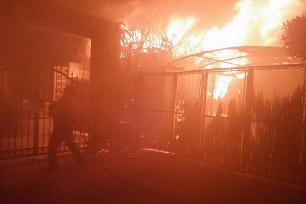 Cháy tạiđiểm du lịchTây Ban Nha, 2.000 người sơ tán