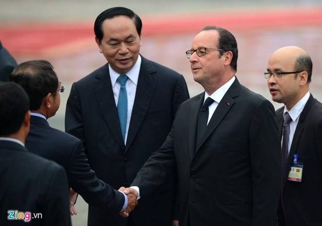 Le don Tong thong Phap Francois Hollande tai Ha Noi hinh anh 5