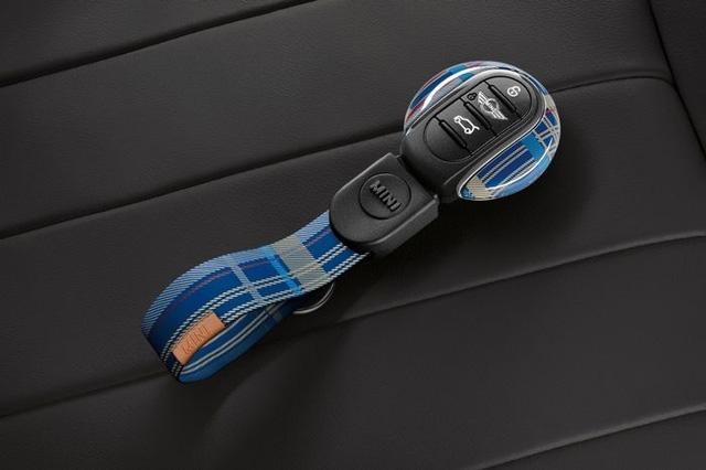 MINI sở hữu thiết kế đặc trưng, khó trộn lẫn nên chìa khóa ô tô của Mini cũng phải đặc biệt và không giống ai.