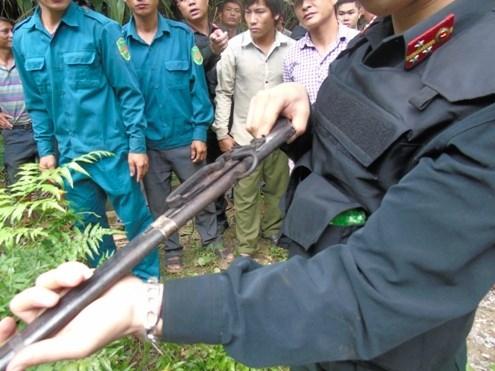 Thảm án Lào Cai: Hung thủ mang súng ẩn náu trong hang sâu - ảnh 3