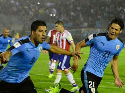 Suarez tỏa sáng, Uruguay soán vị trí dẫn đầu của Argentina