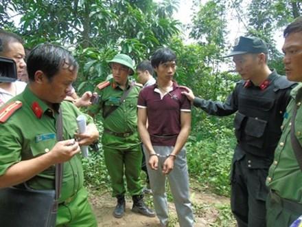 Cận cảnh hang ẩn náu của hung thủ gây thảm án ở Lào Cai - 1