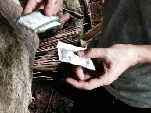 Cận cảnh hang ẩn náu của hung thủ gây thảm án ở Lào Cai - 5