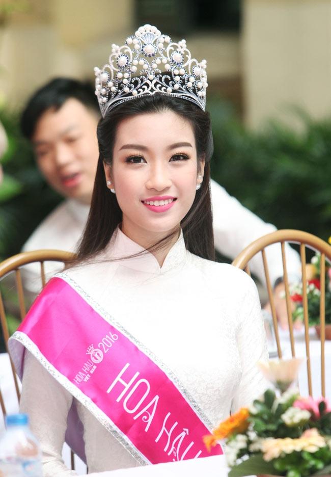 Hoa hậu Mỹ Linh: Tôi chưa có bạn trai, nên sự việc này là bịa đặt! - Ảnh 2.