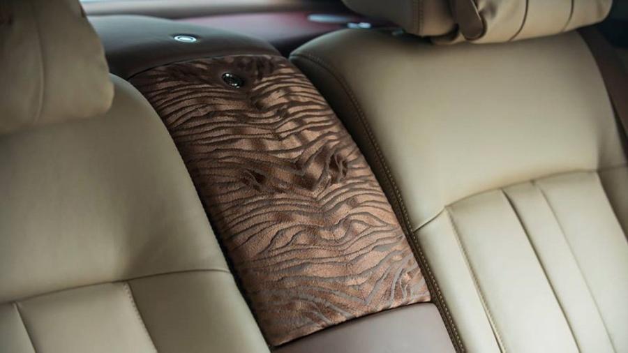 Rolls-Royce Phantom, triệu đô, tỷ phú, người sinh năm Nhâm Dần