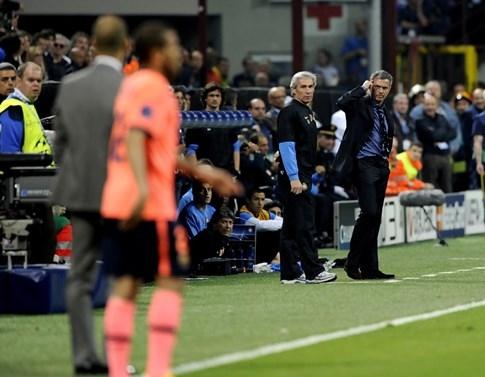 Mourinho đấu Guardiola: Rực lửa derby thành Manchester - ảnh 3