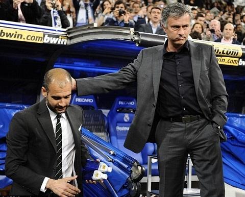 Mourinho vs Guardiola Da co mot thoi nhu the! hinh anh 2