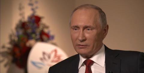 Tổng thống Nga Vladimir Putin trả lời hãng tin Mỹ. Ảnh: Bloomberg