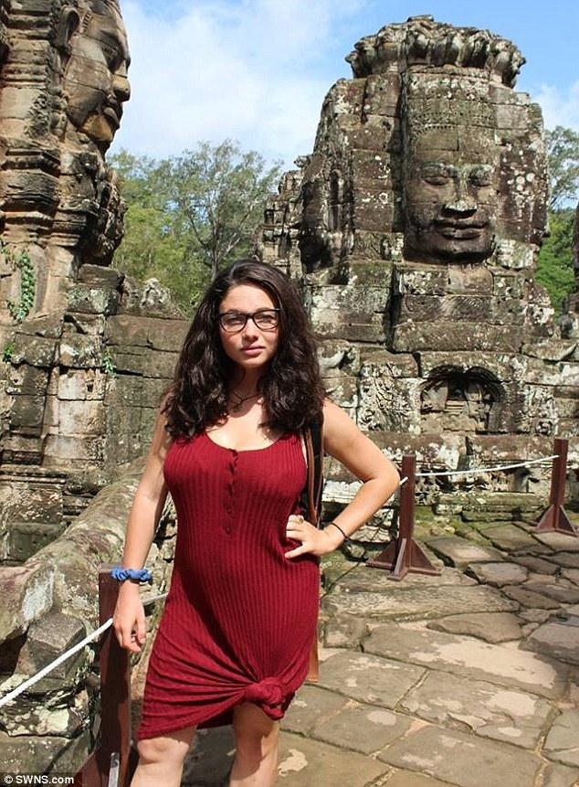 Thái Lan: Trốn kẻ cưỡng hiếp, nữ du khách người Mỹ rơi xuống vực núi sâu 45m - Ảnh 1.