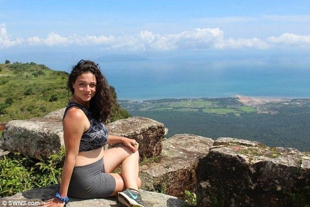 Thái Lan: Trốn kẻ cưỡng hiếp, nữ du khách người Mỹ rơi xuống vực núi sâu 45m - Ảnh 2.