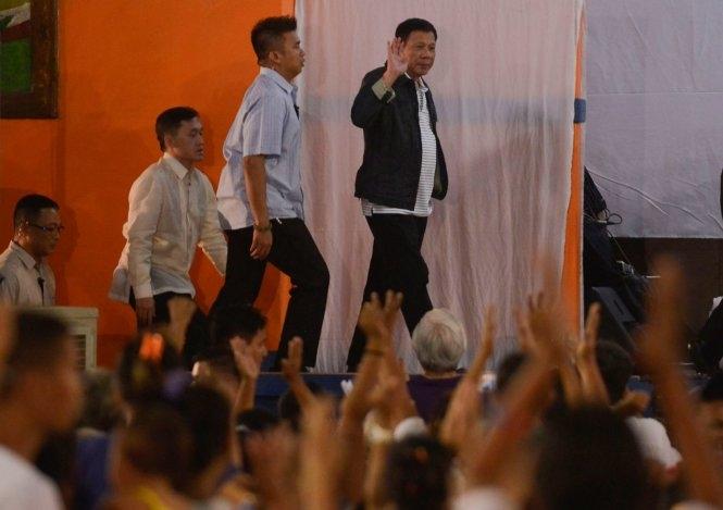 "Tổng thống Philippines ""giang hồ hơn cả giang hồ"""
